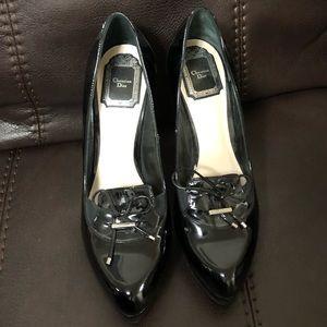 CHRISTIAN DIOR black heels!!